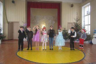 Ziemassvētku noskaņas Ilūkstes Sadraudzības vidusskolā