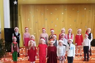 Ilūkstes 1. vidusskolas skolēni aicināja uz Ziemassvētku koncertu