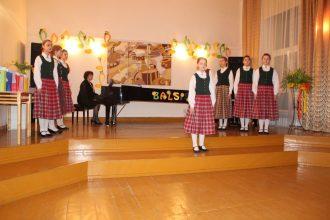 """Vokālais ansamblis """"Ieklausies"""" nopelnījis 2. pakāpes diplomu Latgales reģiona konkursā """"Balsis 2018"""""""