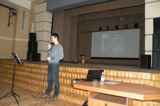 7.-12. klašu skolēniem tika organizēta tikšanās ar IT speciālistu Oļegu Bogdanoviču