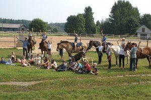 Bebrenes vispārizglītojošā un profesionālā vidusskola – vienīgā skola Latvijā, kur iespējams kļūt par speciālistu zirgkopībā un iegūt vidējo izglītību