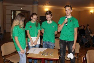 """Novadā notika erudīcijas un veiklības spēle 8.-12.klašu skolēniem """"Es mīlu tevi, Latvija!"""""""