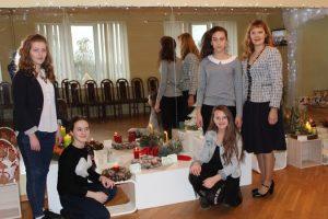 Gatavojoties Ziemassvētkiem, Bērnu un jauniešu centrā noticis floristikas konkurss