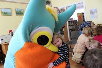 """""""Grāmatu starts """" turpina savu ceļojumu Ilūkstes pilsētas bērnu bibliotēkā"""