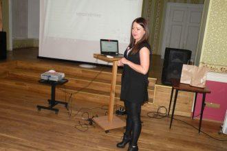 Karjeras atbalsta projekts jauniešiem dod iespēju iepazīt menedžera profesiju