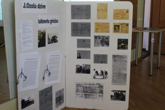 Baltā galdauta svētku noskaņās skolēni lasīja novadpētniecības darbus