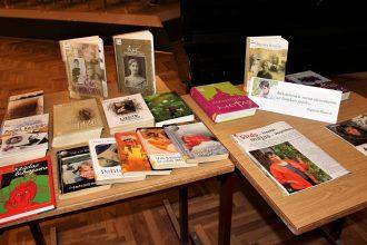 Novada centrālajā bibliotēkā viesojās rakstniece Inguna Bauere