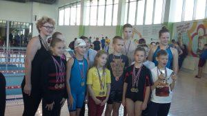 """Ilūkstes novada Sporta skolas peldētāju """"rudens augļi"""""""