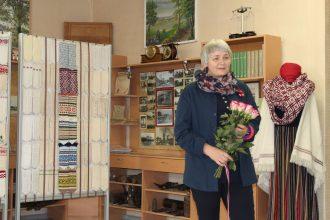Atklāta Ilūkstes novada 100 balto goda cimdu izstāde