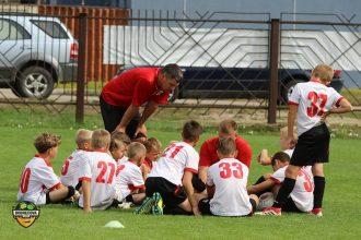 Ar gandarījumu un labiem sasniegumiem noslēgusies šī gada futbola sezona Ilūkstes novada Sporta skolas audzēkņiem