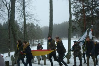 Eglaines pagastā atzīmēja Lietuvas neatkarības 101. gadadienu un godināja brīvības cīnītājus