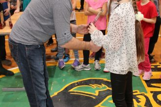 Stiprinot draudzības un sportisko garu, kopīgā pasākumā tikās Sporta skolas treneri, audzēkņi un vecāki