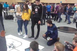 Novada skolēni piedalījās Latvijas robotikas čempionāta sacensībās