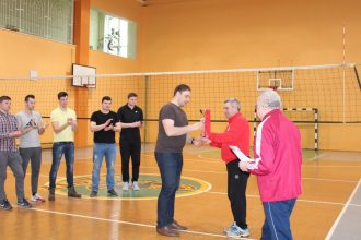 Noskaidroti novada volejbola kausa ieguvēji