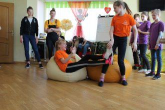 Ilūkstes novada Bērnu un jauniešu centrā pulcējās teātra sporta mīļi un atbalstītāji no dažādiem novadiem