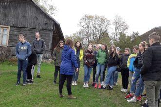 Ilūkstes Raiņa vidusskolas skolēni dodas ekskursijā pa komponistu dzīvesvietām