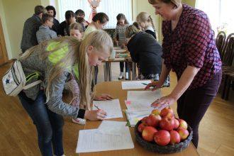 Bebrenes pedagogi Ilūkstes Bērnu un jauniešu centrā vadīja radošas aktivitātes