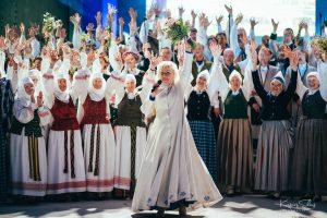 """Aizvadīti Sēlijas novadu apvienības Tautas mākslas svētki """"Sēlija Rotā"""""""
