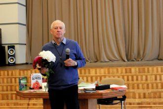 Dzejas dienās Ilūkstē viesojās rakstnieks Māris Rungulis
