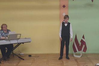 Ilūkstes bērnudārzā svinēja Latvijas dzimšanas dienu