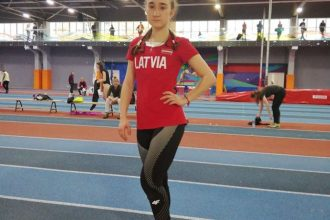 Anna Marija Petrakova labojusi Latvijas rekordu vieglatlētikā telpās