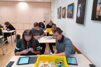 Ilūkstes Raiņa vidusskolas skolēni apmeklē Ventspils digitālo centru