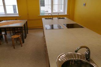 Ilūkstes Raiņa vidusskolā pabeigts mācību virtuves remonts