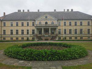 Ministru kabinets apstiprina Pulkveža Oskara Kalpaka profesionālās vidusskolas dibināšanu