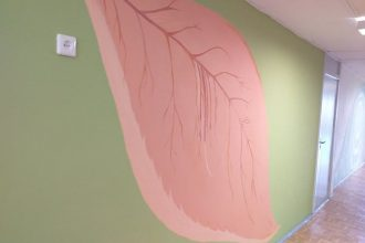Subates bērnudārza audzēkņi priecājas par košām pārmaiņām telpās