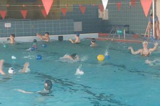 Sporta skolas peldētājiem organizētā nometne