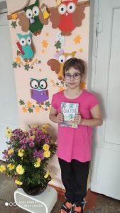 """4.b klases skolniece Darja Rakicka – dzejoļu konkursa """"Garā pupa 2021"""" laureāte"""